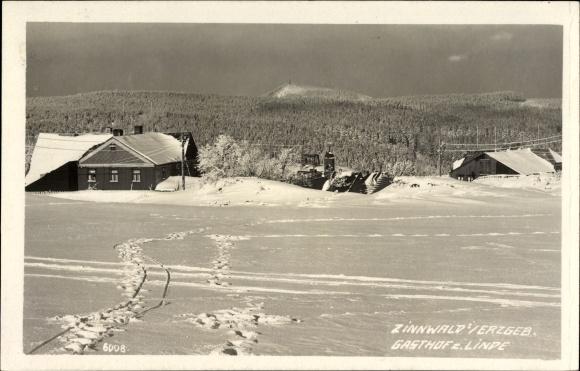 Zinnwald Georgenfeld Altenberg im Erzgebirge, Gasthof zur Linde von Schnee bedeckt, Wald