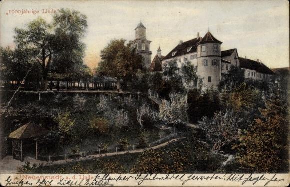 Neuenstadt am Kocher, Ortspartie mit der 1000 Jährigen Linde, Baumblüte