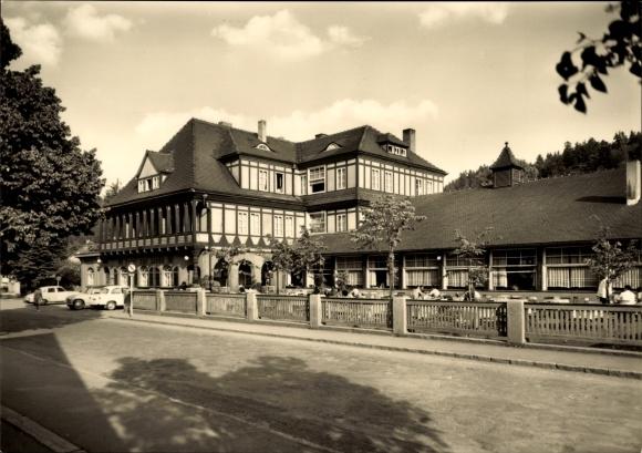 Sitzendorf an der Schwarza in Thüringen, HO Hotel zur Linde, Außenansicht von der Straße