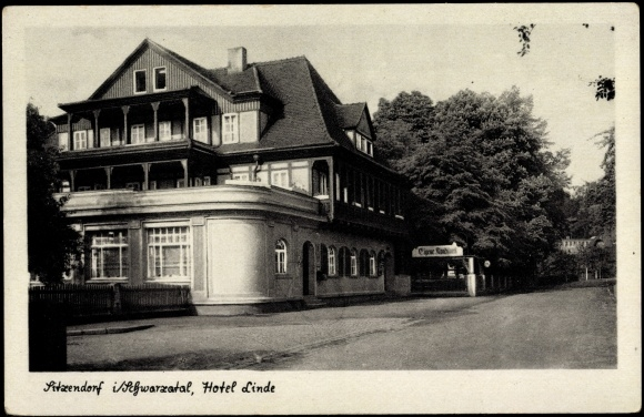 Sitzendorf Schwarzatal, Hotel Linde, Straßenblick