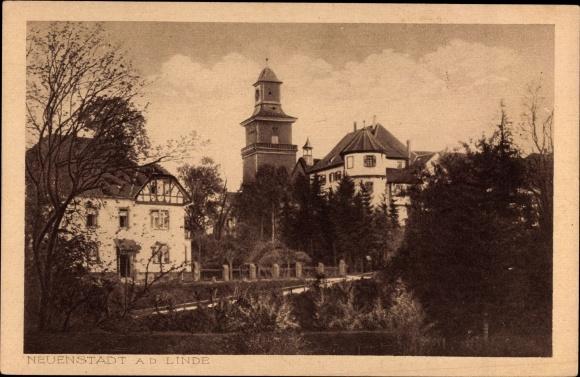 Neuenstadt an der Linde, Teilansicht mit Turm und Brücke